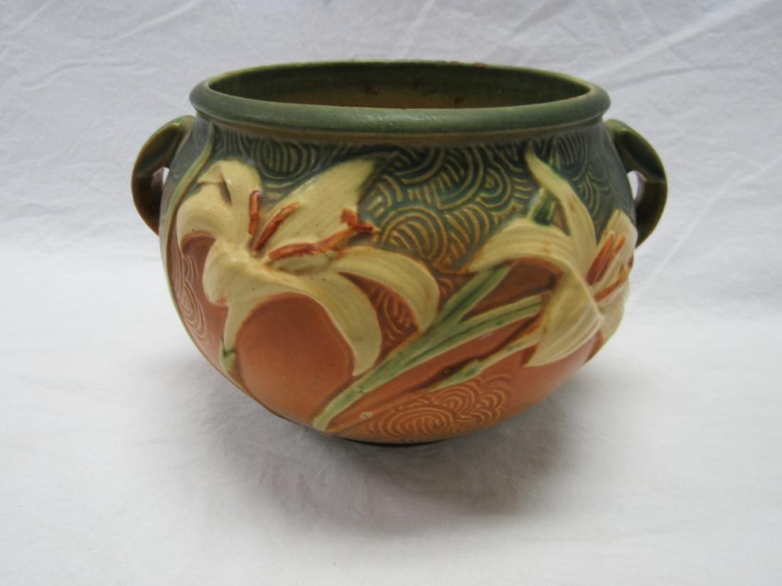 Roseville 6 Inch Zephyr Lily Vase