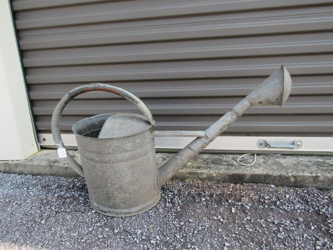 Bat Brand Galvanized Watering Can - 4