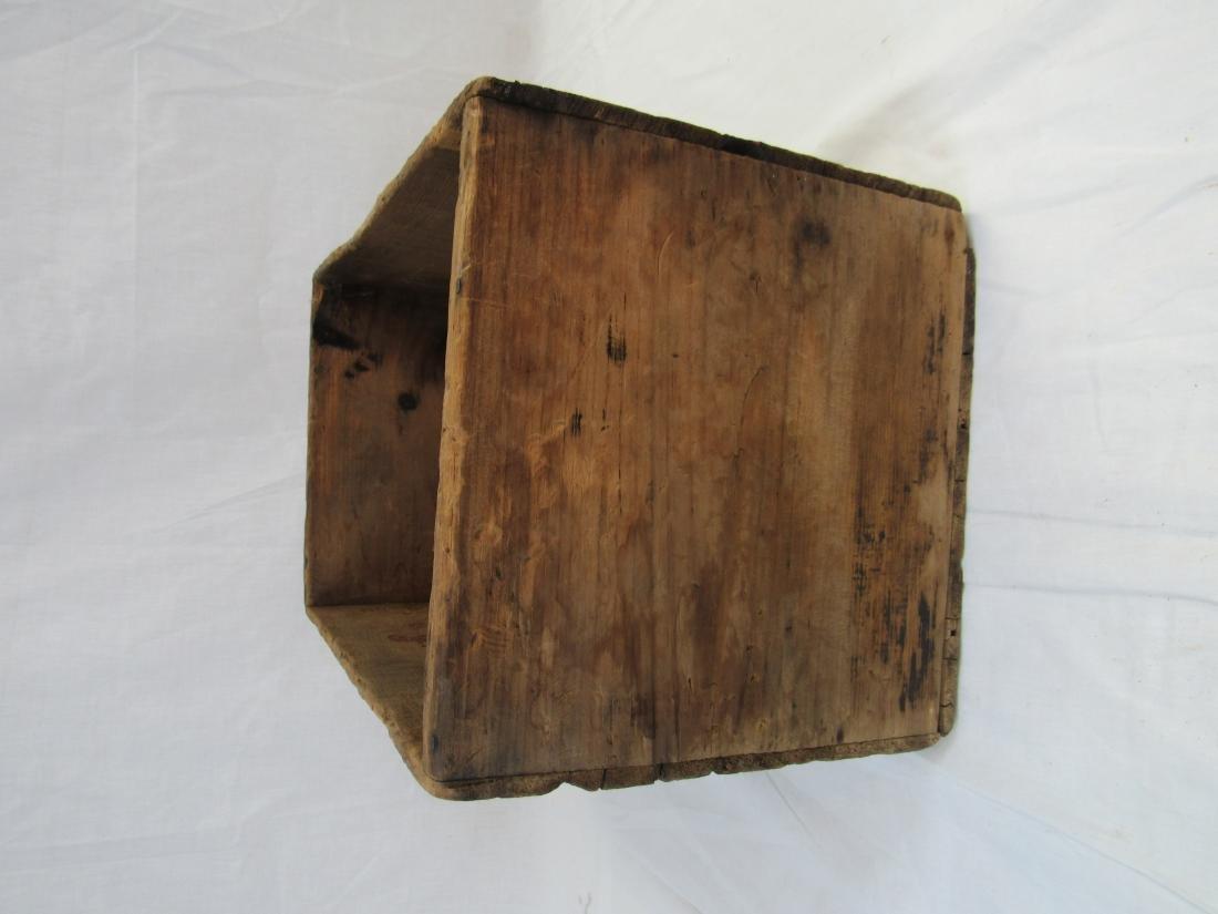 Early Gargoyle Oil Advertising Crate - 6