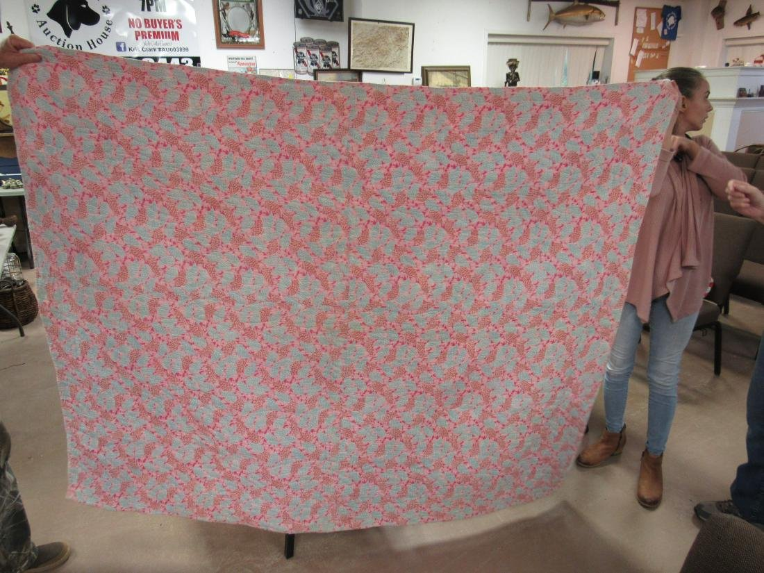 Antique Hand Stitched Quilt, Pink Baskets - 2