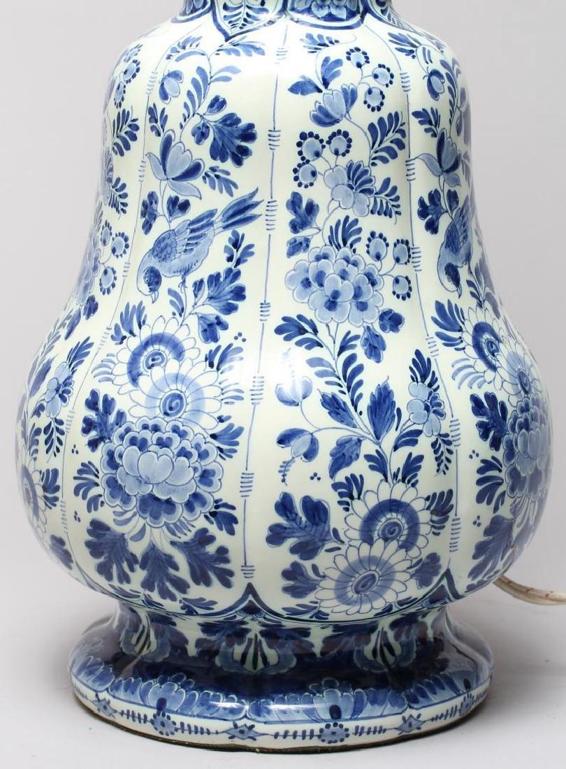 Continental Blue & White Lobed Porcelain Lamp - 3