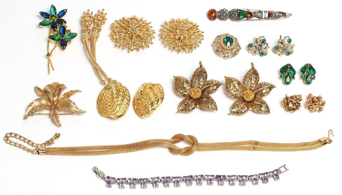 Assorted Vintage Jewelry incl. Costume & Silver