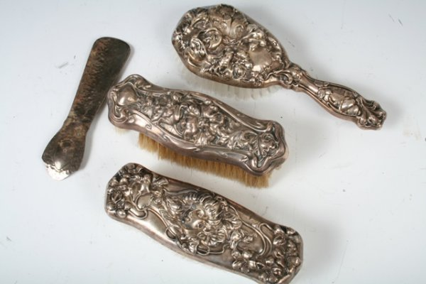 13: 3 Piece Sterling Silver Art Nouveau Vanity Set