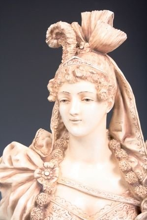 1: Austrian Turn of the Century Porcelain Bust of Woman