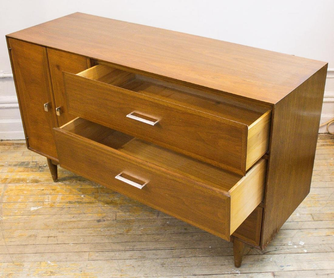Mid-Century Modern Credenza by Ramseur Furniture - 4