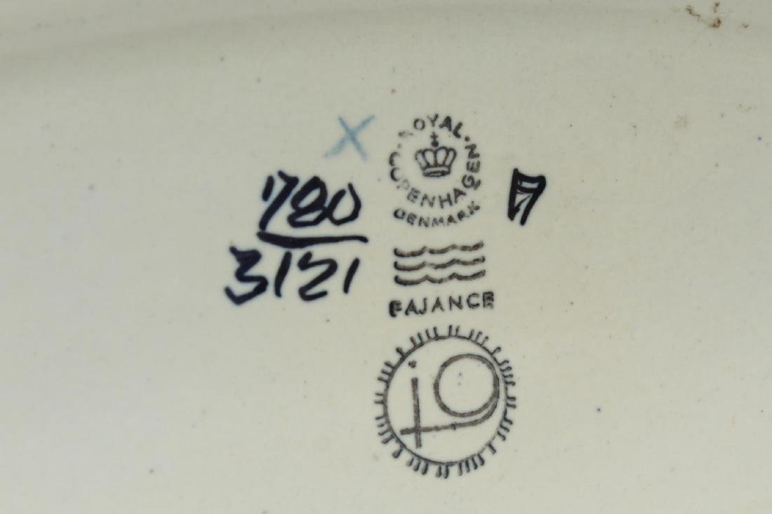 "Royal Copenhagen ""Fajance"" Porcelain Vase, c. 1950 - 4"