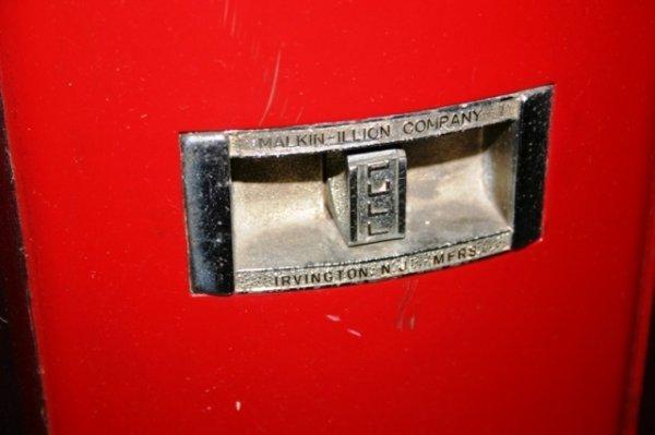 1142: Antique Phillies Blunt Cigar Vending Machine - 3