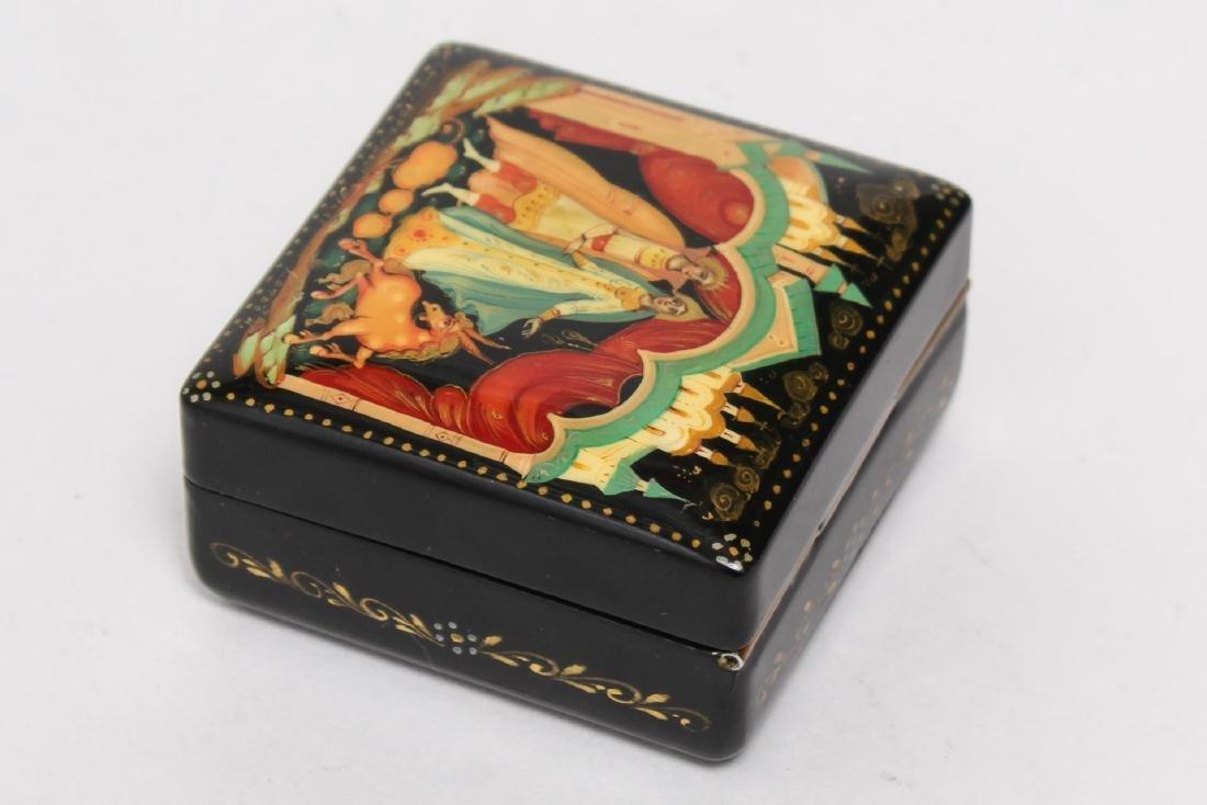 Russian Lacquer Boxes, 3 Vintage Pieces - 10