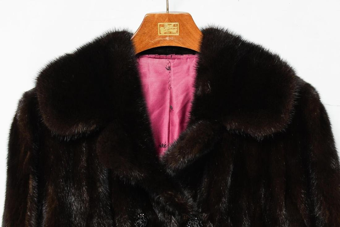 Mink Coat, Vintage Fur, in Natural Ranch - 2