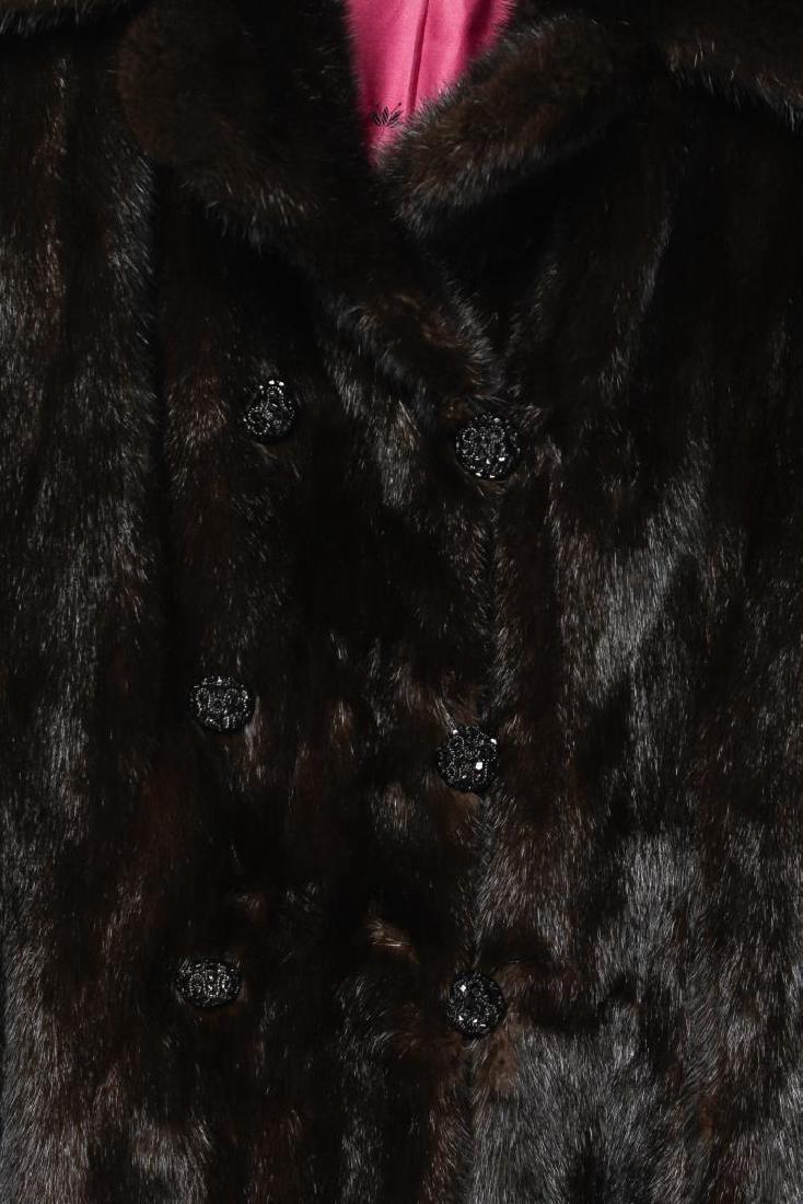Mink Coat, Vintage Fur, in Natural Ranch - 3