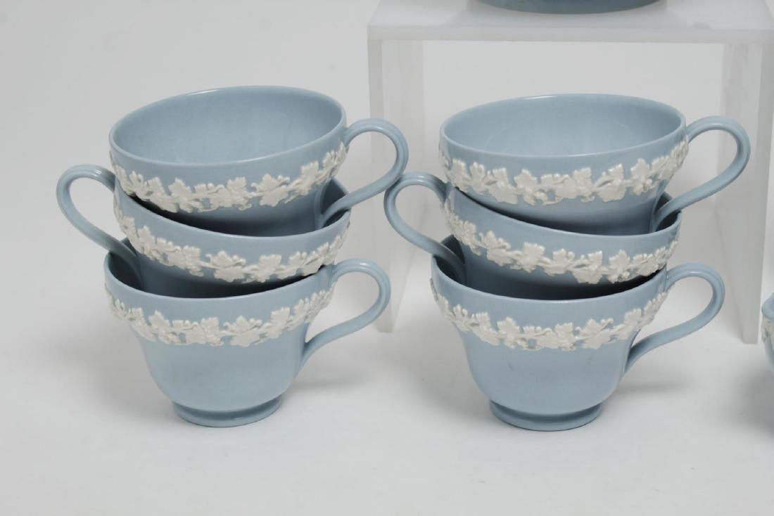 Wedgwood Blue-Glazed Porcelain Tea Service - 3