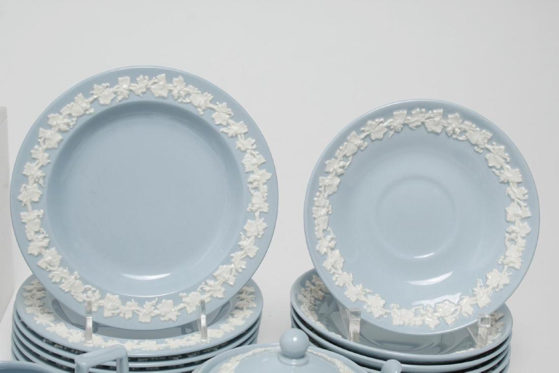 Wedgwood Blue-Glazed Porcelain Tea Service - 5
