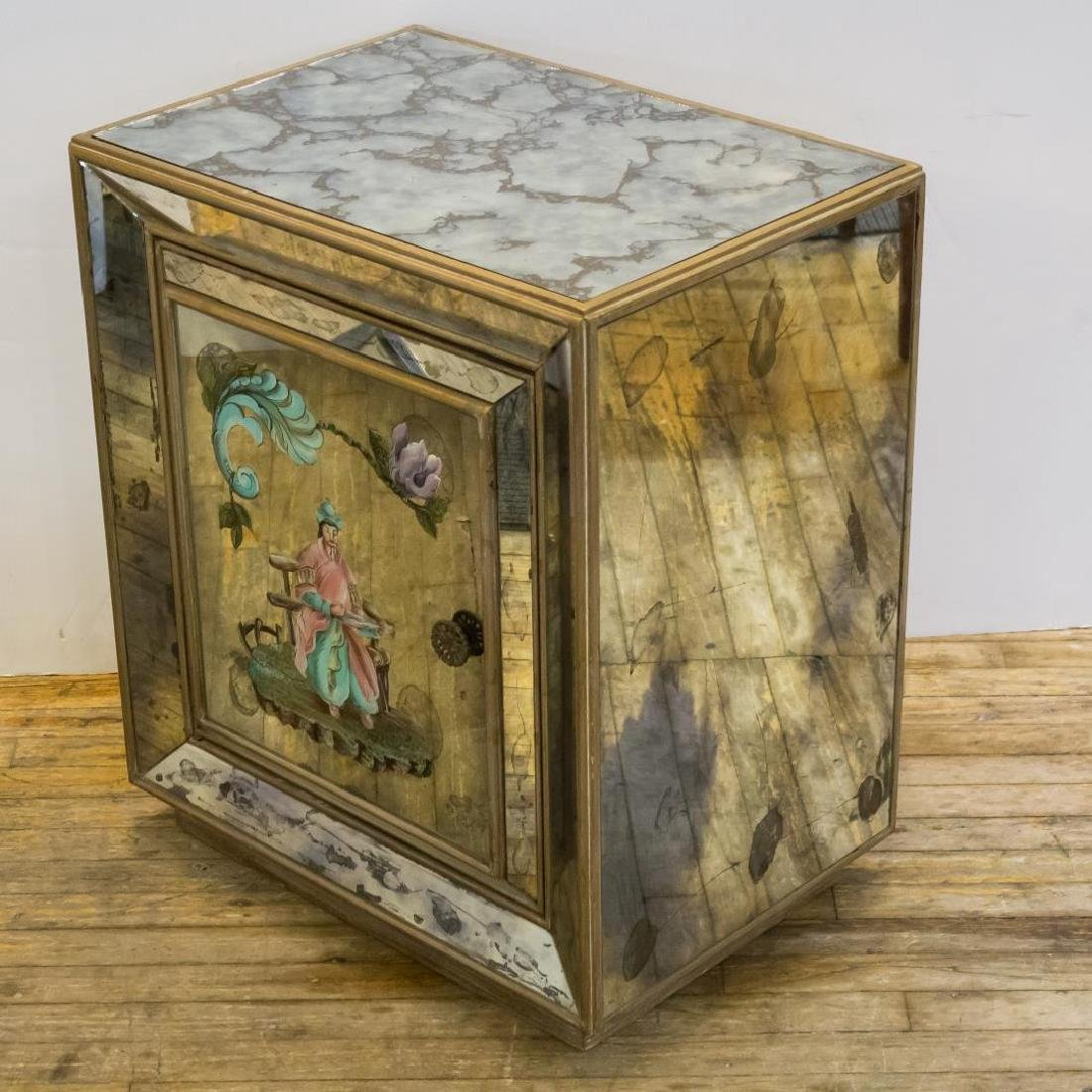 Hollywood Regency Chinoiserie Mirrored Cabinet - 2