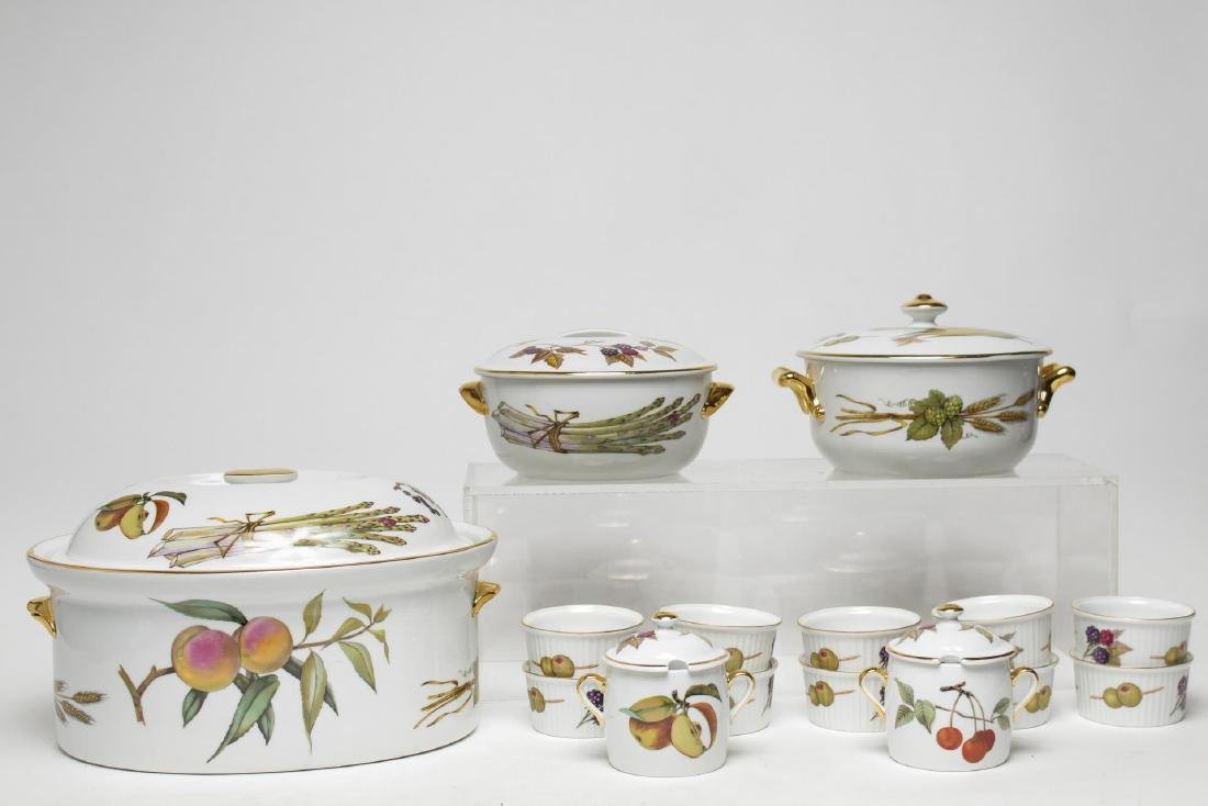 "Royal Worcester ""Evesham"" Porcelain Dinnerware"