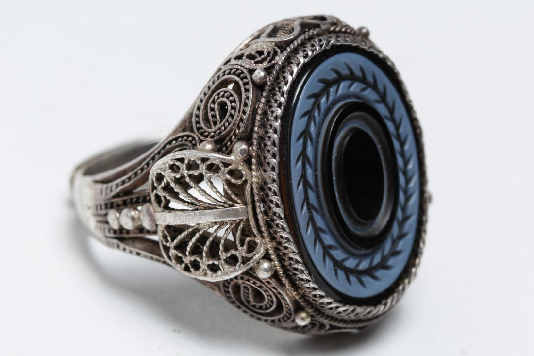 Polish Silver Filigree & Onyx Intaglio Ring