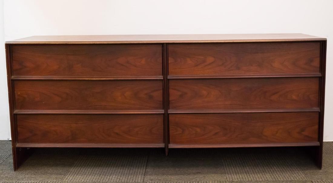 Robsjohn-Gibbings Widdicomb Mid-Century Dresser