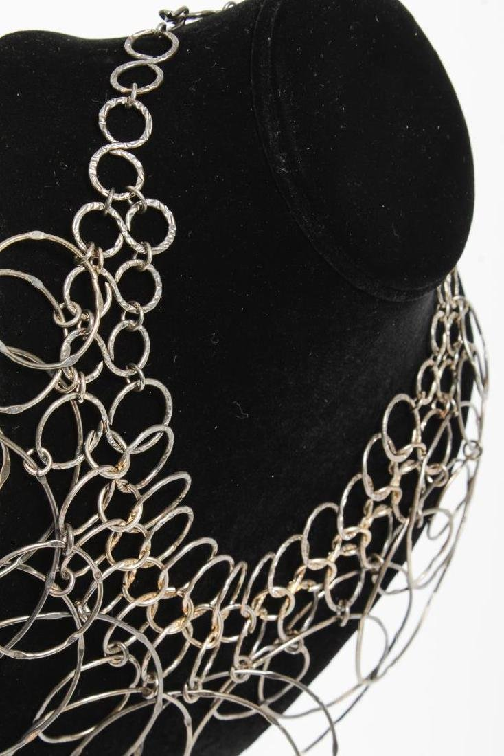 Mid-Century Modern Hammered Silver Links Necklace - 3