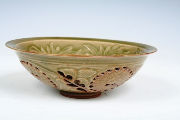 608: Ming Dynasty Celadon  Relief Lotus Pattern Bowl