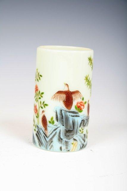 617: 19th C Chinese Peking Glass Brush Pot