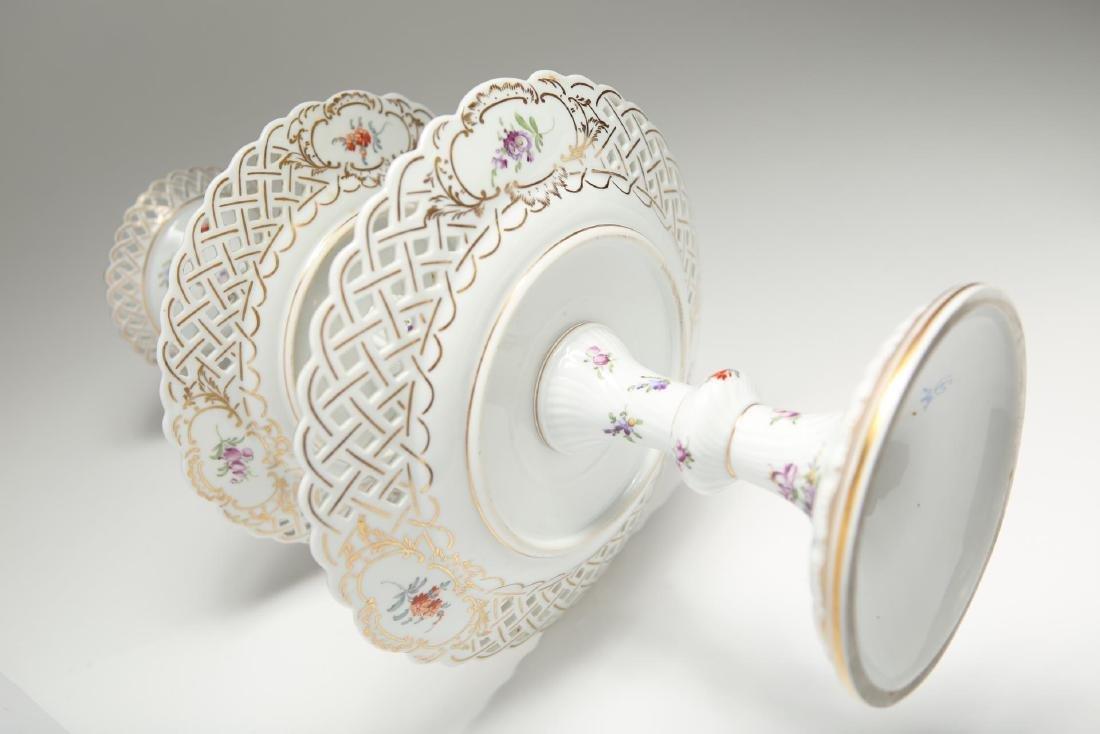 Dresden Meissen Porcelain Dessert Epergne or Stand - 6