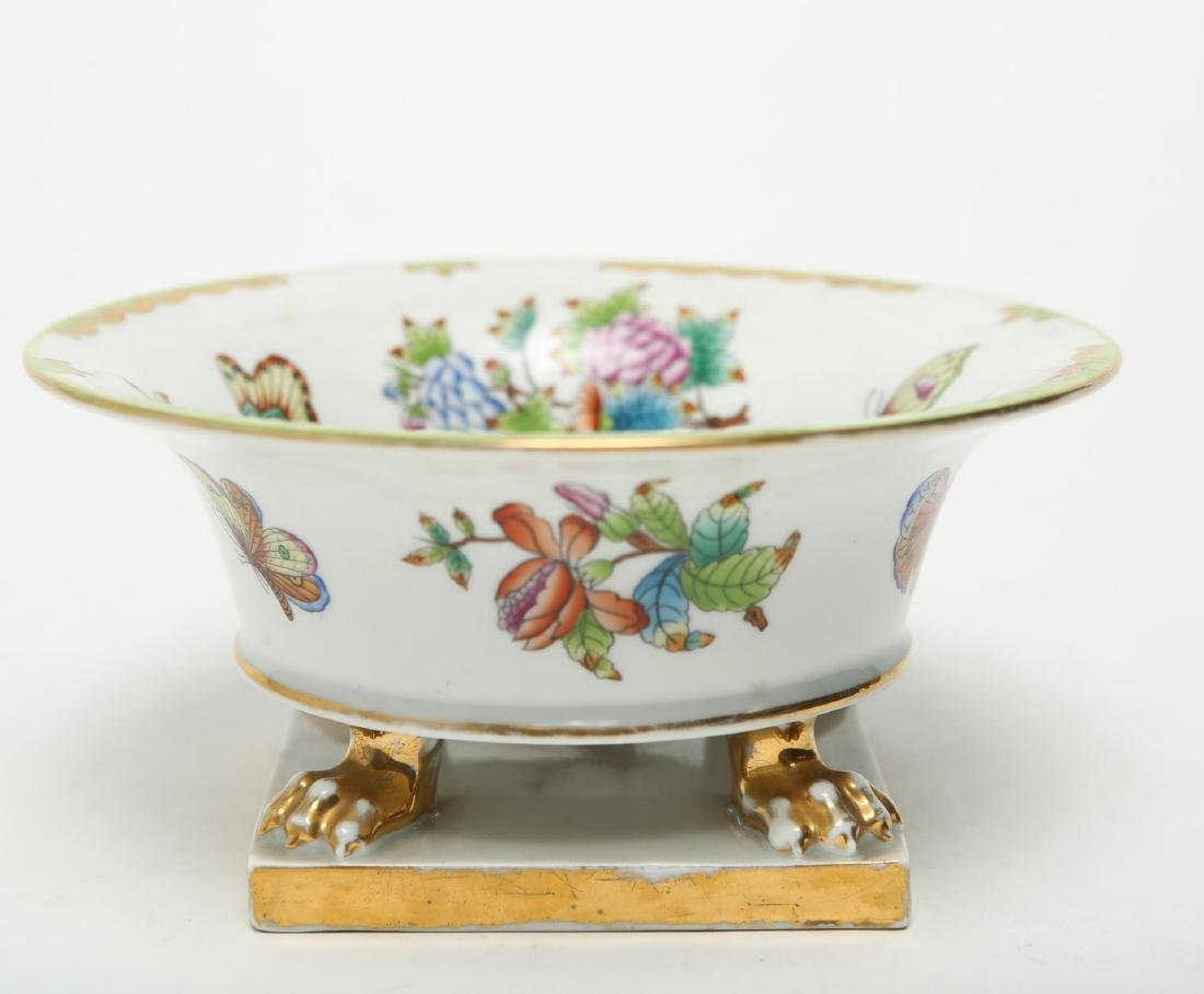 """Herend Hungary Porcelain """"Queen Victoria"""" Bowl"""