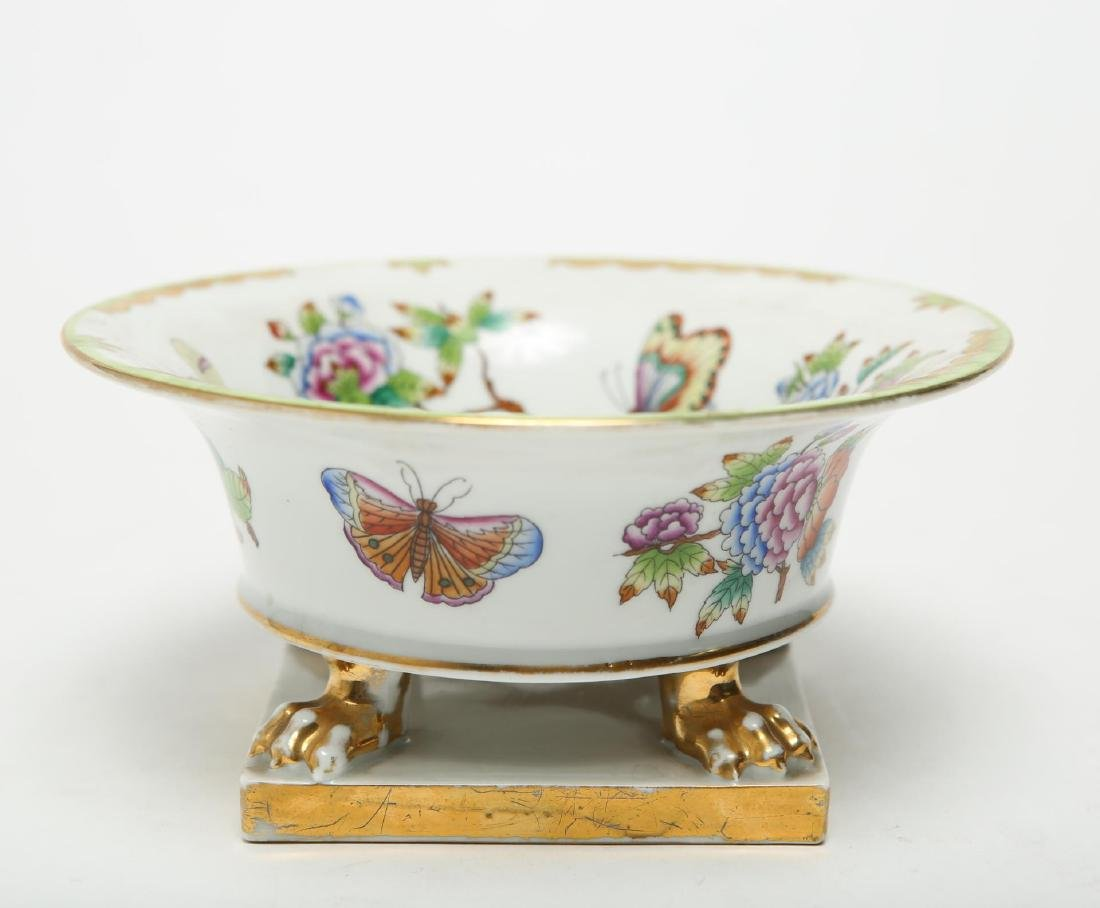 """Herend Hungary Porcelain """"Queen Victoria"""" Bowl - 4"""