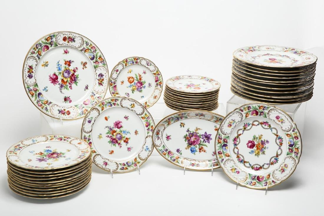 Schumann Bavaria Porcelain Service, Dresden Flower