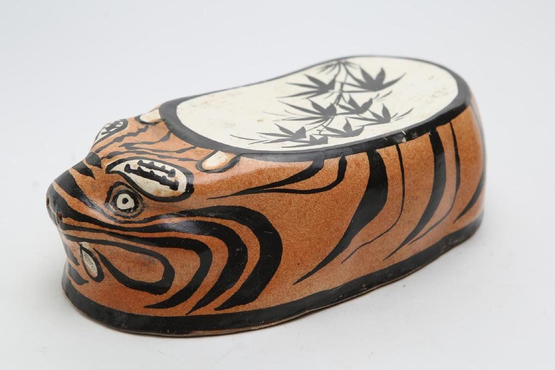 Chinese Tiger Pillow, Stoneware Pottery - 3