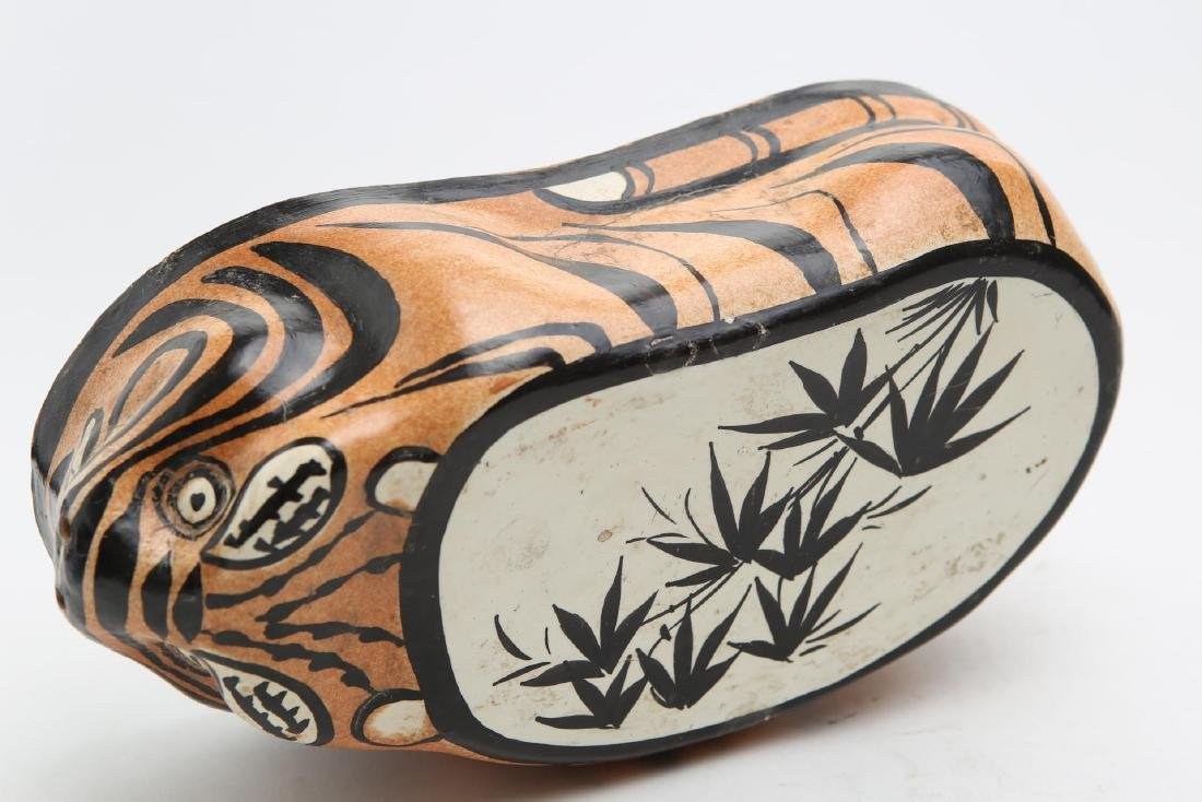 Chinese Tiger Pillow, Stoneware Pottery - 8