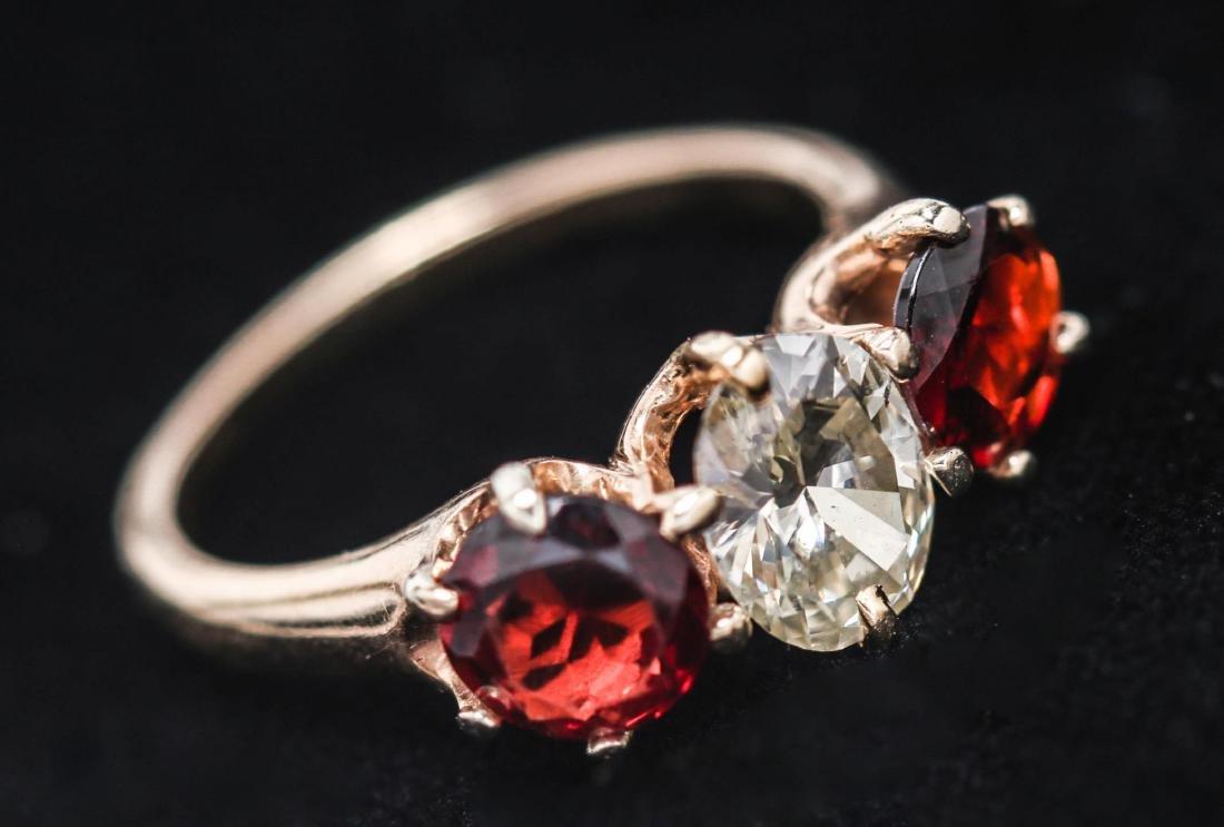 Vintage Diamond, Garnet, & 14K Gold Ring - 4