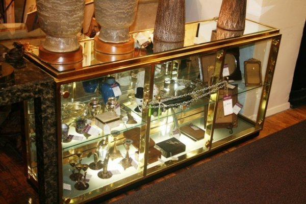 3013: Brass and Mirrored Display Case