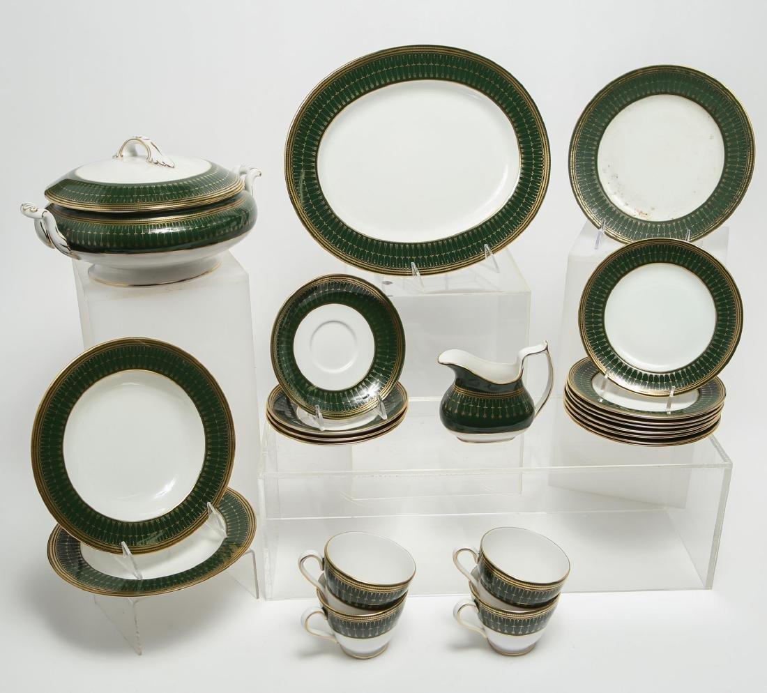 """Spode """"Royal Windsor"""" Porcelain Dinnerware, 22"""