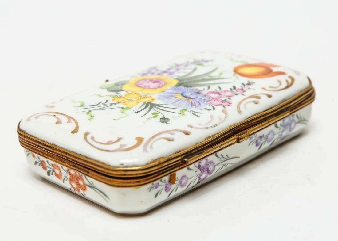 French Porcelain Limoges Trinket Box, Antique - 3