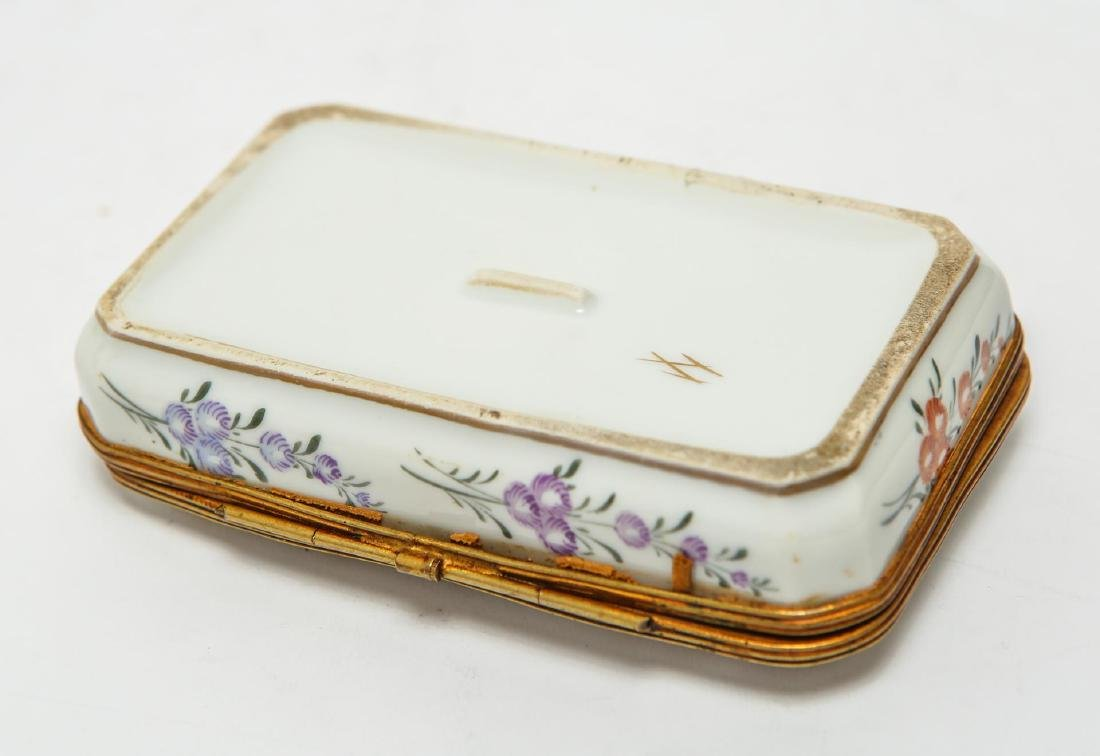 French Porcelain Limoges Trinket Box, Antique - 5