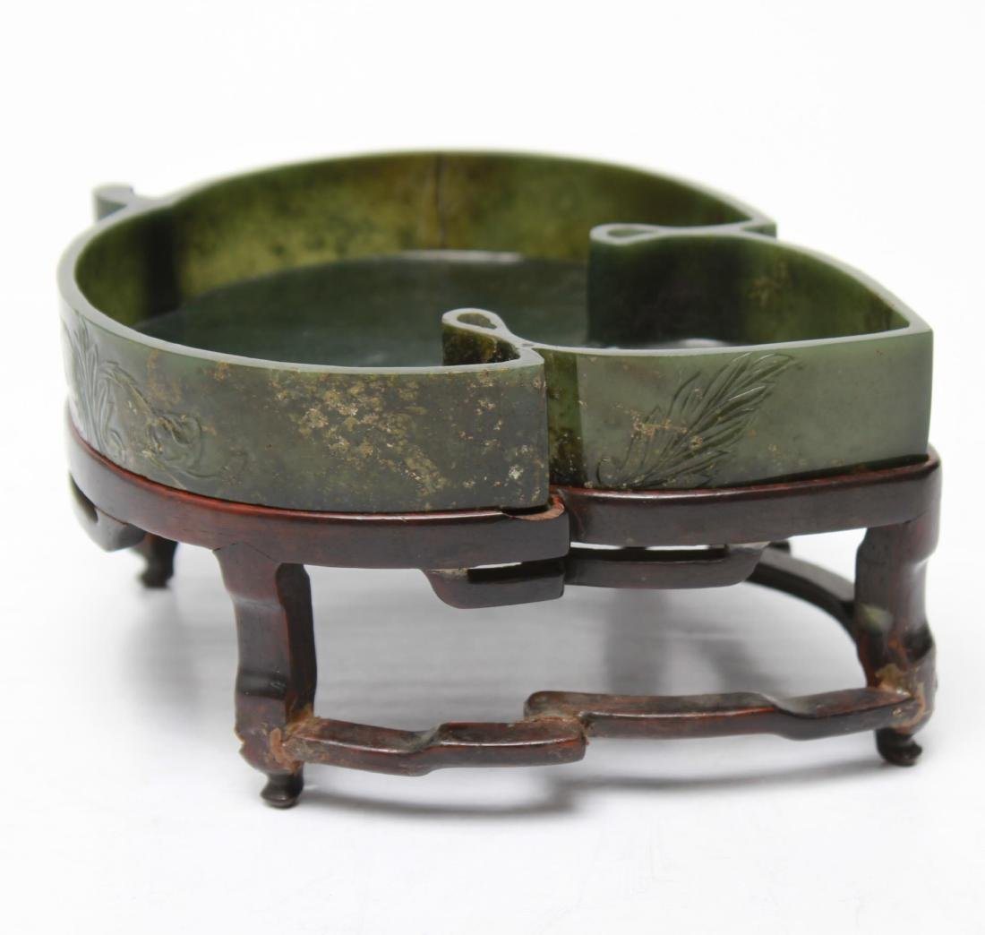 Chinese Nephrite Jade Leaf-Form Dish on Stand - 4