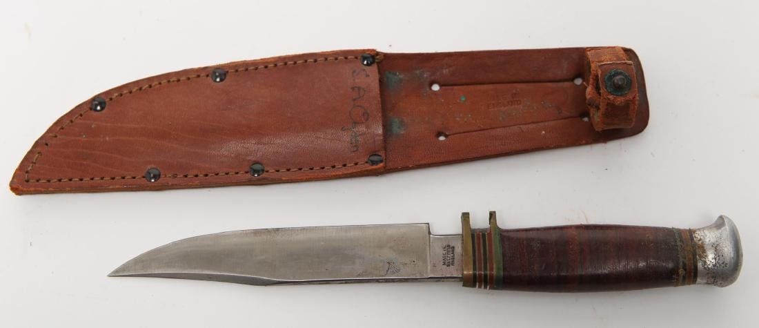Vintage Hunting Knives with Leather Sheaths, 4 - 8