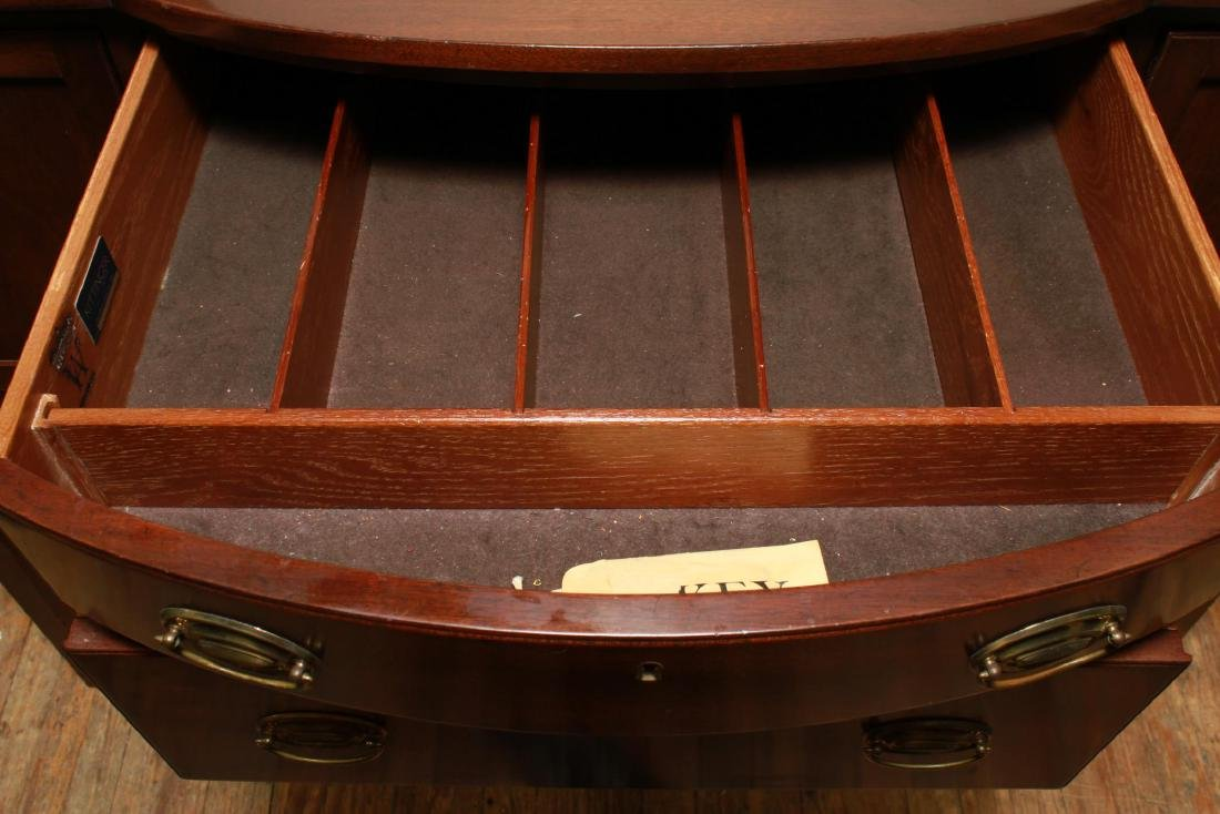 Kittinger Colonial Williamsburg Federal Sideboard - 4