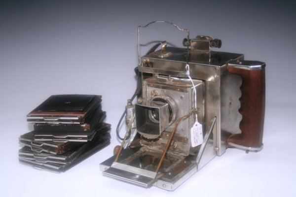 20: Vintage Crown Pacemaker Speed Graphics Camera