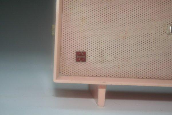 47: Mini Pink Panasonic Transistor Radio Consol - 4