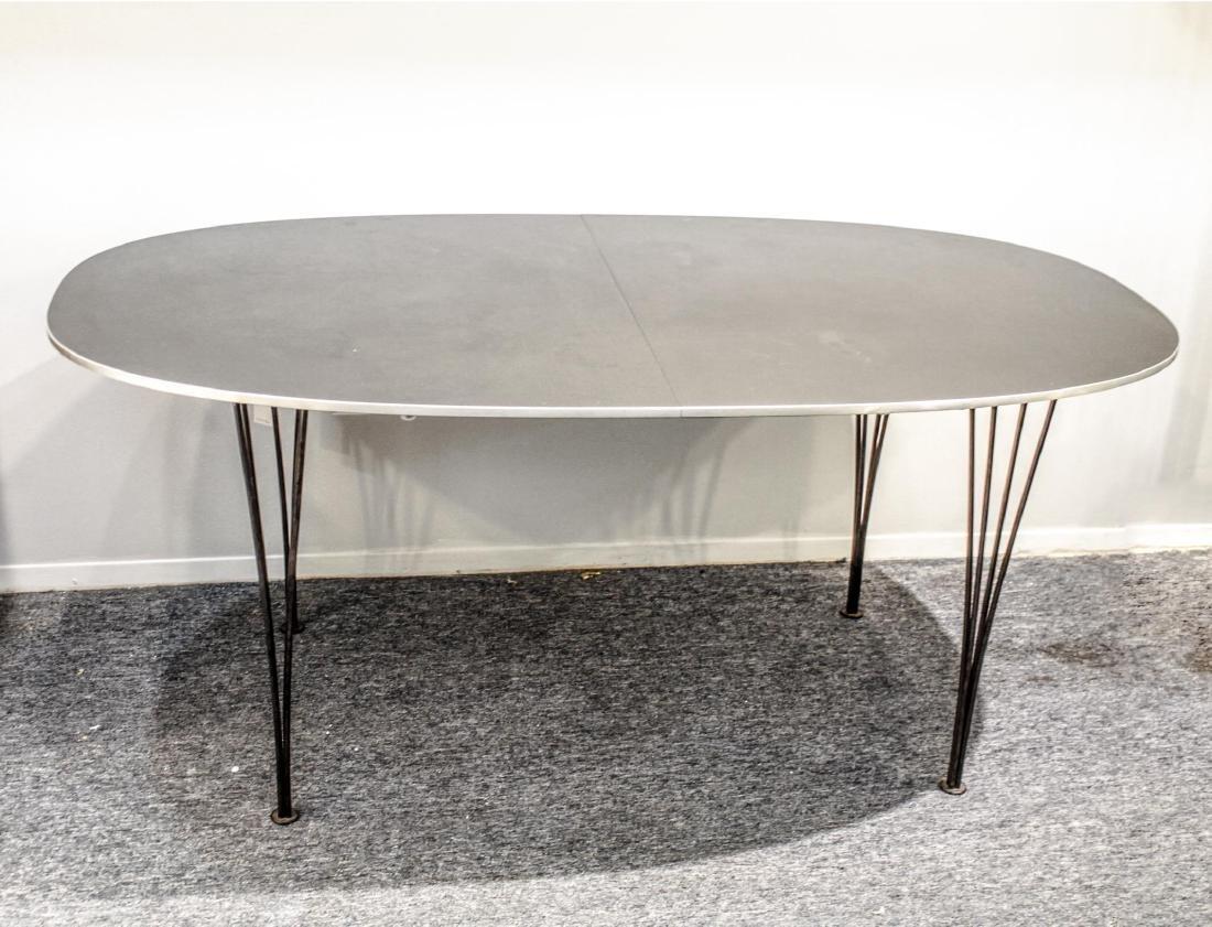 Fritz Hansen Danish Modern Dining Table, 1978 - 2