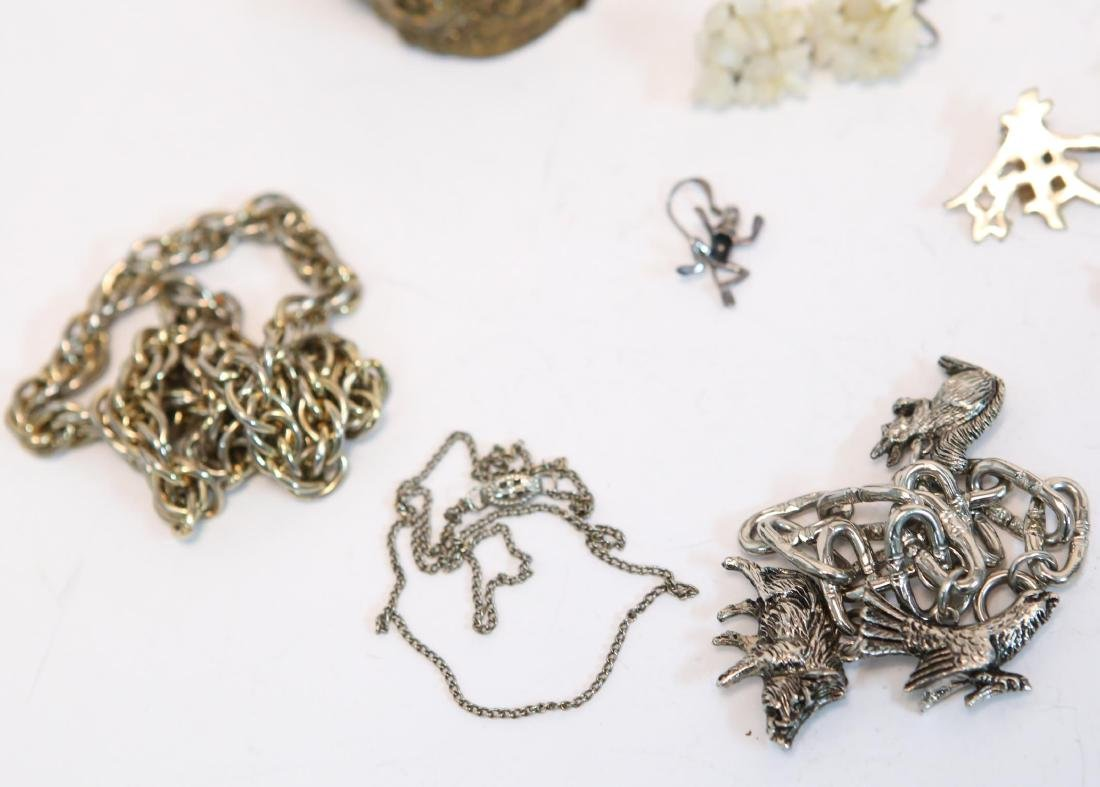 Costume Jewelry, Large Group of Mixed Metal Items - 5