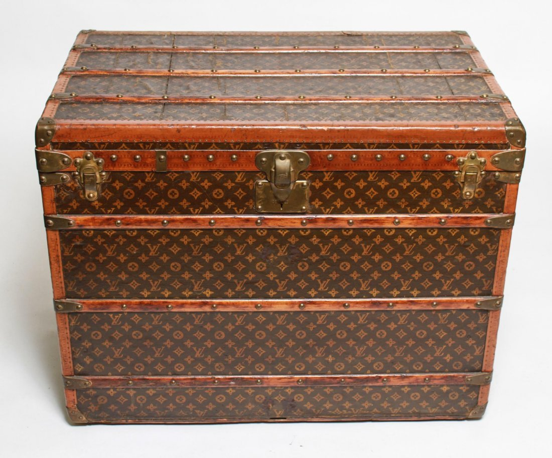 Louis Vuitton Stenciled Canvas Lady's High Trunk