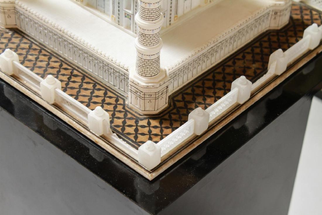 Indian Taj Mahal Hand-Painted Alabaster Model - 2