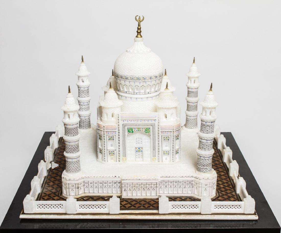 Indian Taj Mahal Hand-Painted Alabaster Model - 6