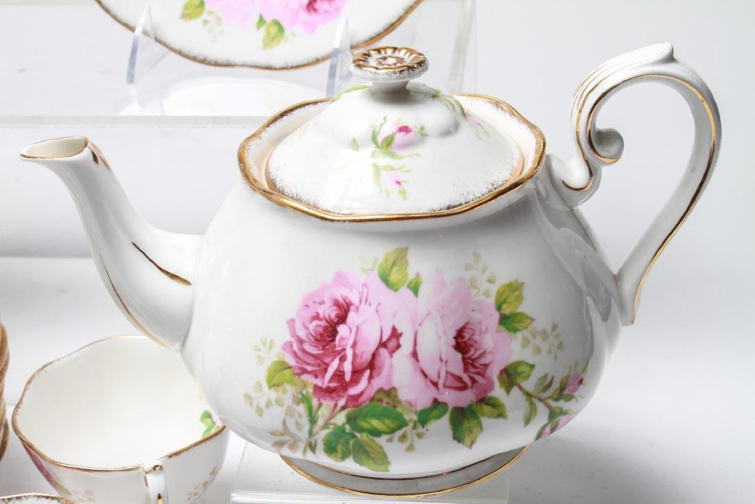 "Royal Albert "" American Beauty"" Bone China Tea Svc - 6"