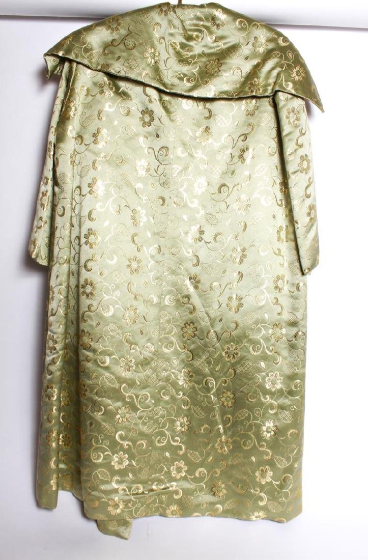 Dynasty Hong Kong Gilt Embroidered Silk Swing Coat - 3