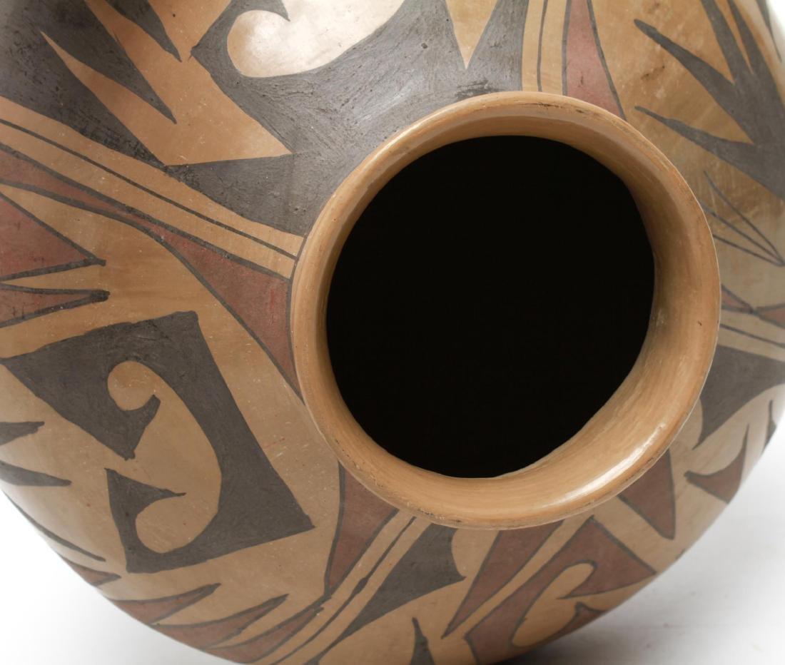 Casas Grandes Mato Ortiz Coiled Pottery Olla - 5