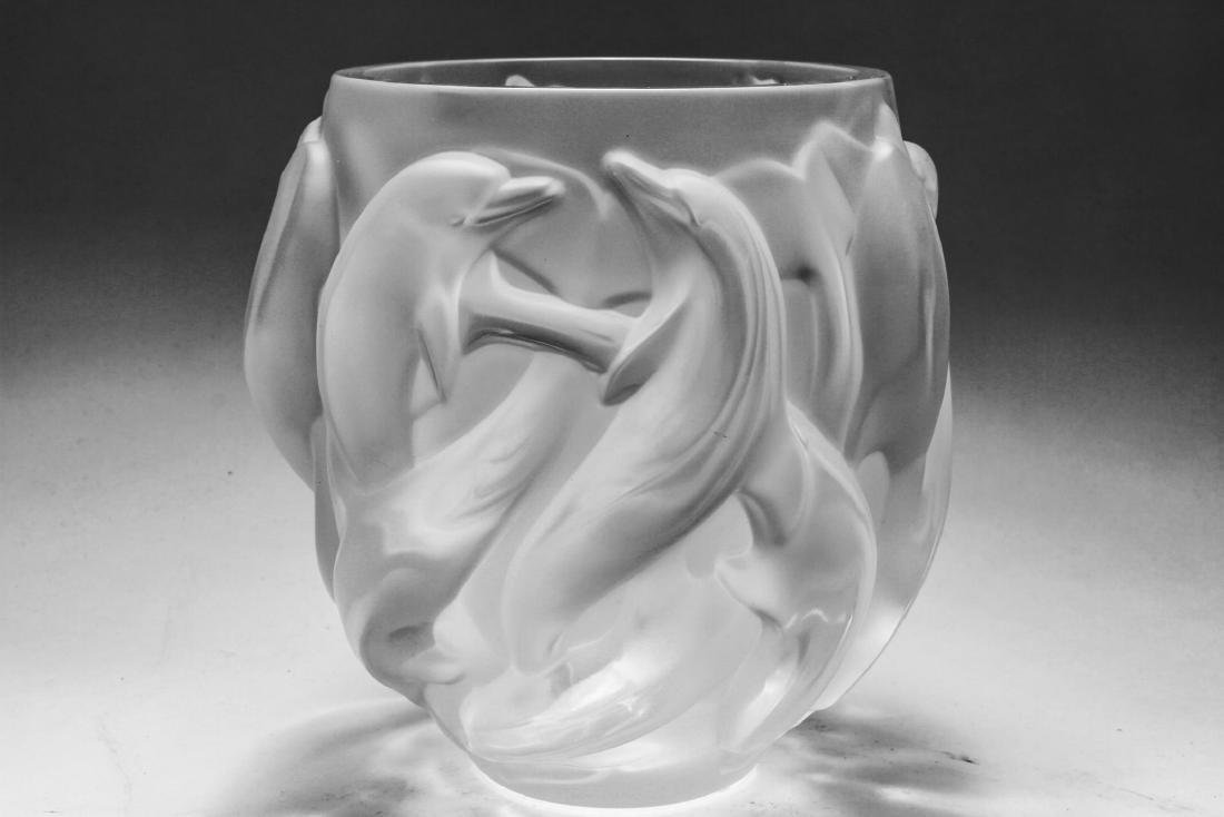 Lalique France Crystal Dolphin Vase Oceania - 4