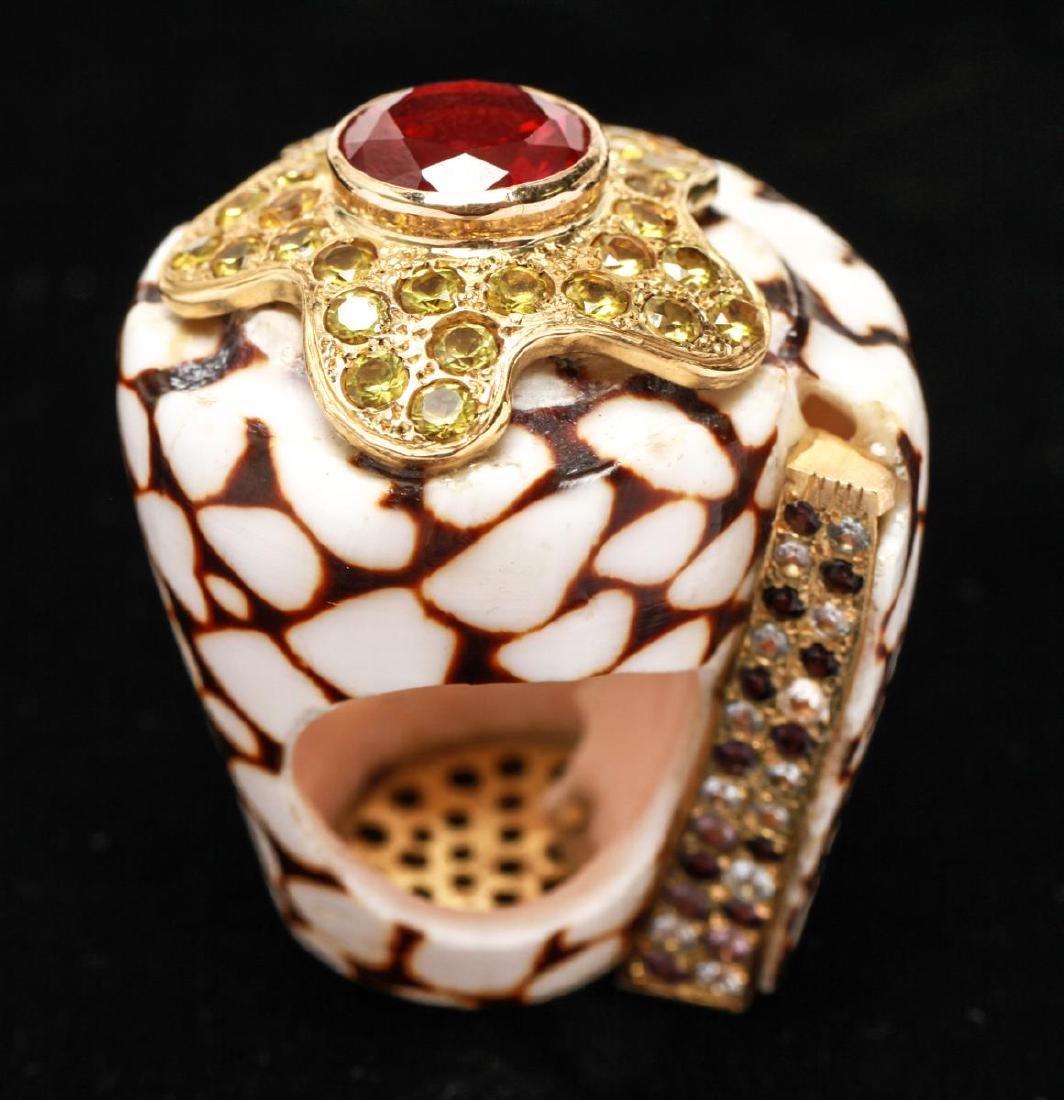 18K Gold Ruby Sapphires Starfish Motif Shell Ring