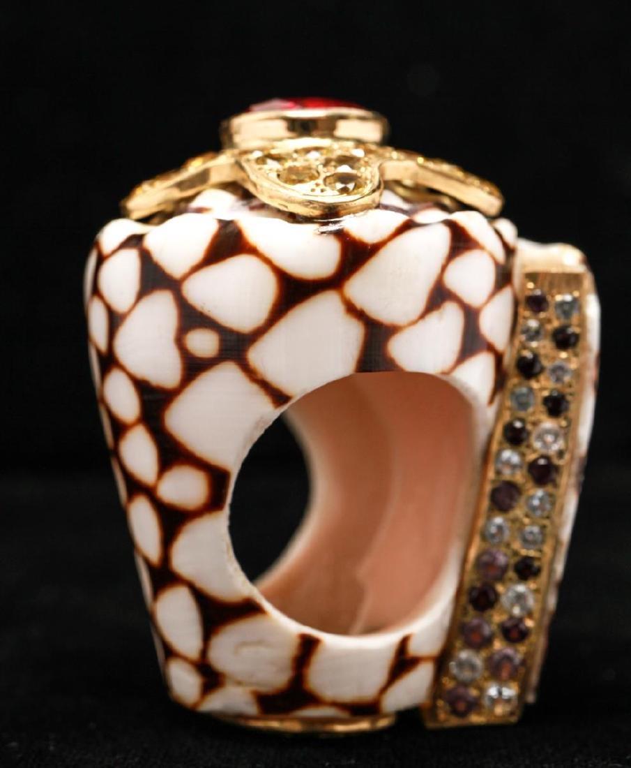 18K Gold Ruby Sapphires Starfish Motif Shell Ring - 7